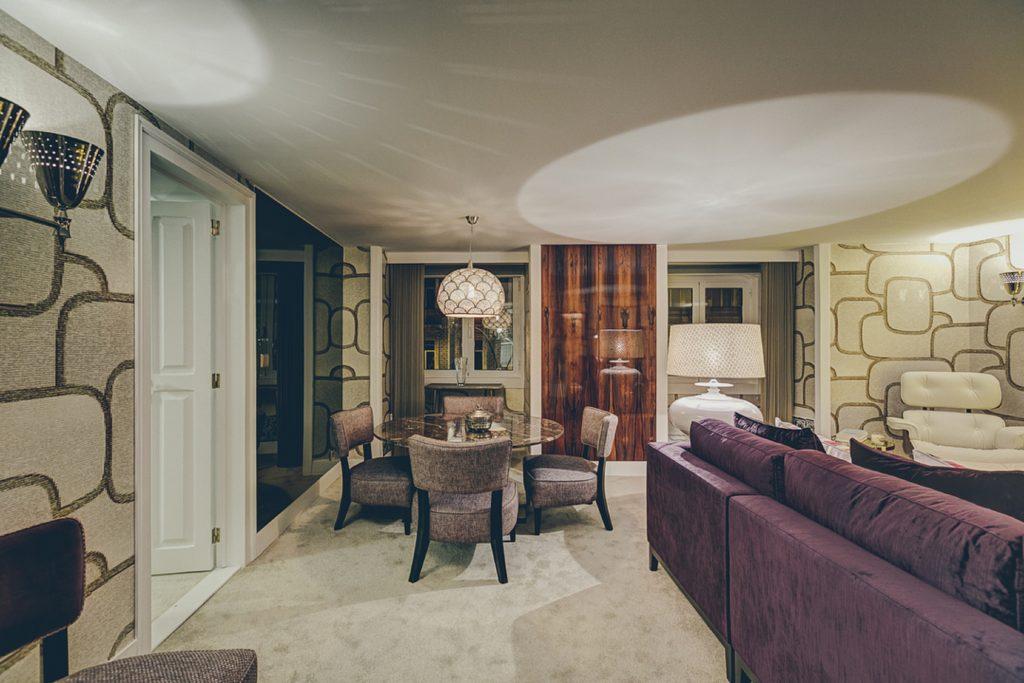 Gem Lisbon Rental Apartment, Deco Gem, Luxury in Bica, beautiful dining room