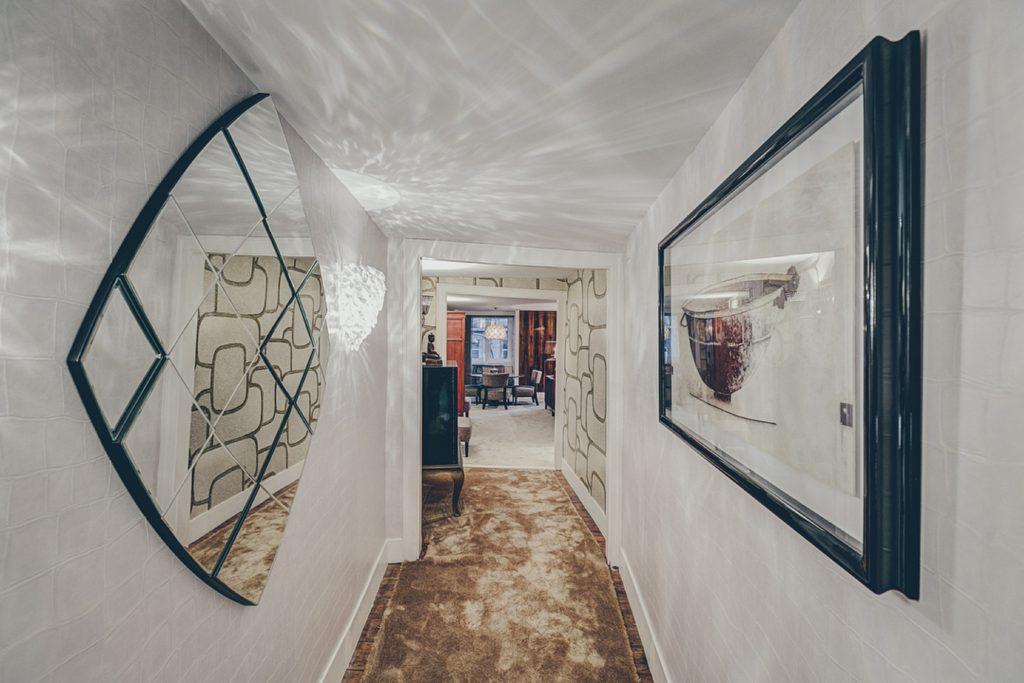 Gem Lisbon Rental Apartment, Deco Gem, Luxury in Bica, corridor