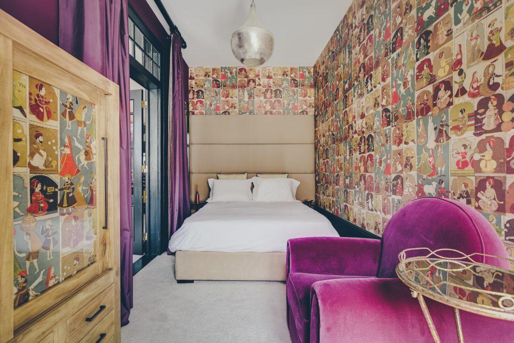 Gem Lisbon Rental Apartment, Master Deco Gem Luxury in Bica, luxury bedroom, exotic ambience