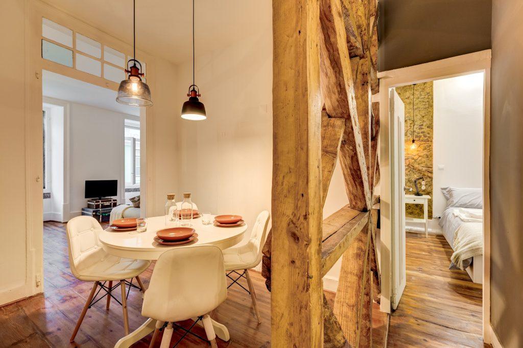 Gem Lisbon Rental Apartment, Historical Gem in Baixa, dining room
