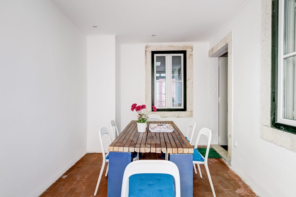 Gem Lisbon Rental Apartment, Master Deco Gem in Bairro Alto, dining room