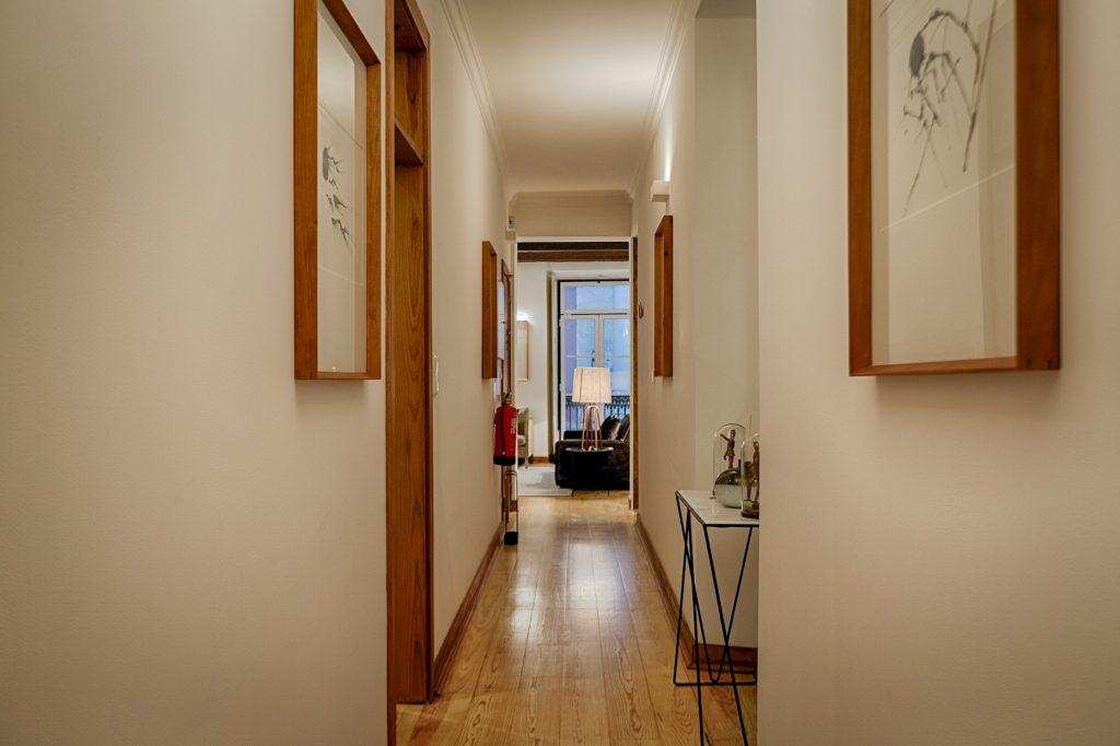 Gem Lisbon Rental Apartment, Master Historical Gem in Chiado, corridor