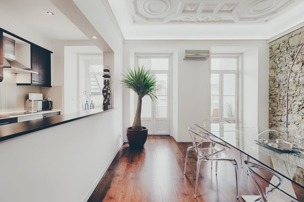 Gem Lisbon Rental Apartment, Master Deco Gem in City Center, dining room