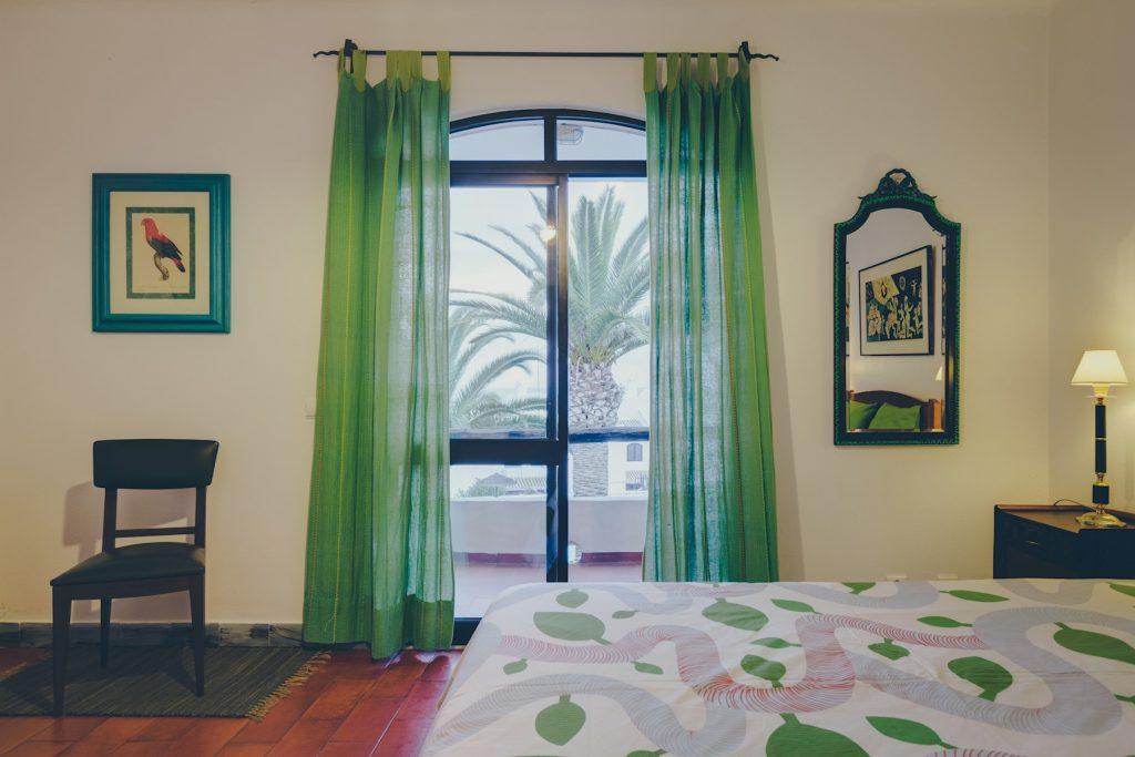 Gem Lisbon Rental Apartment, Vila Mourisca, bedroom