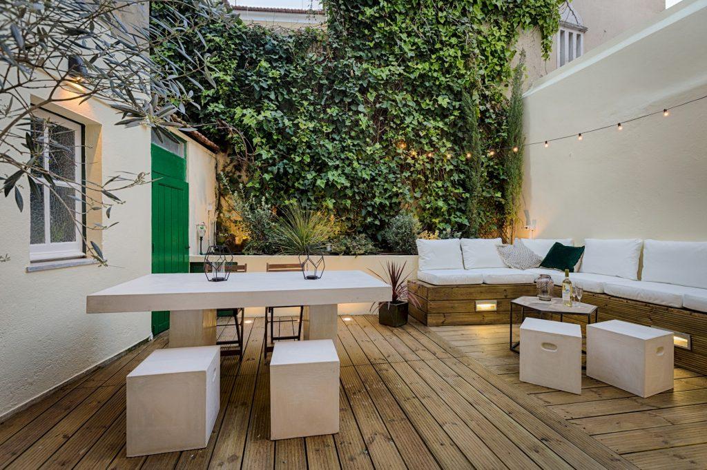 Romantic Gem in Santos, Gem Lisbon Rental Apartments, patio, exterior living space