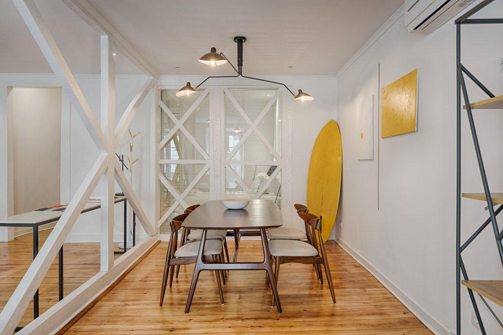 Gem Lisbon Rental Apartment, Architectural Gem in Bica, beautiful dining room