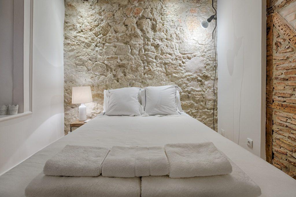 Gem Lisbon Rental Apartment, Architectural Gem in Bica, beautiful bedroom