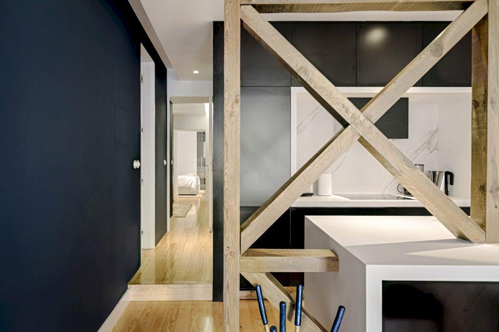 Gem Lisbon Rental Apartment, Deco Gem in Santa Catarina, beautiful kitchen, traditional wooden structure