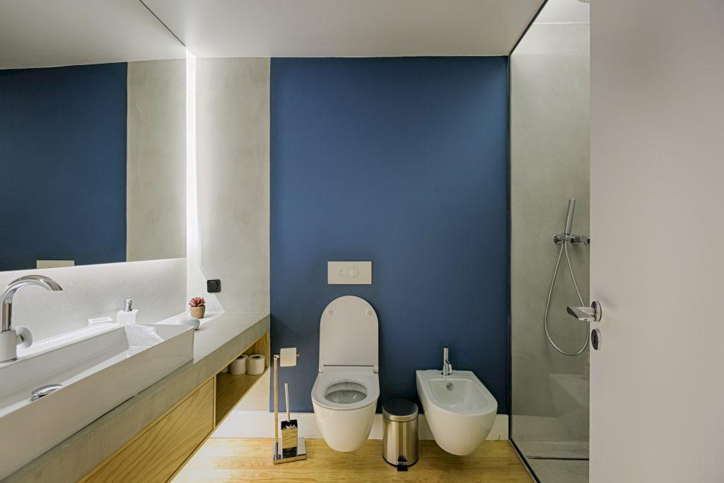 Gem Lisbon Rental Apartment, Deco Gem in Santa Catarina, beautiful bathroom, lisbon tiles