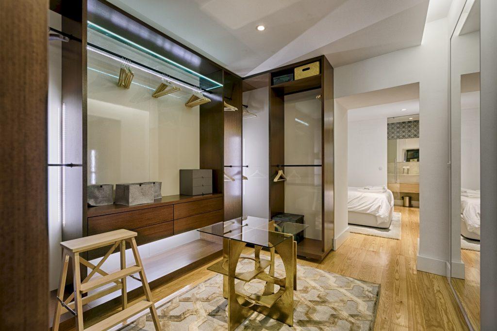 Gem Lisbon Rental Apartment, Deco Gem in Santa Catarina, beautiful bedroom, beautiful big closet