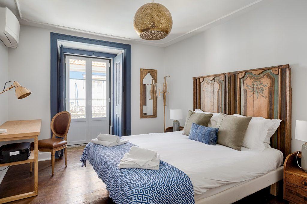 Gem Lisbon Rental Apartment, Master Deco Gem in Baixa, beautiful bedroom